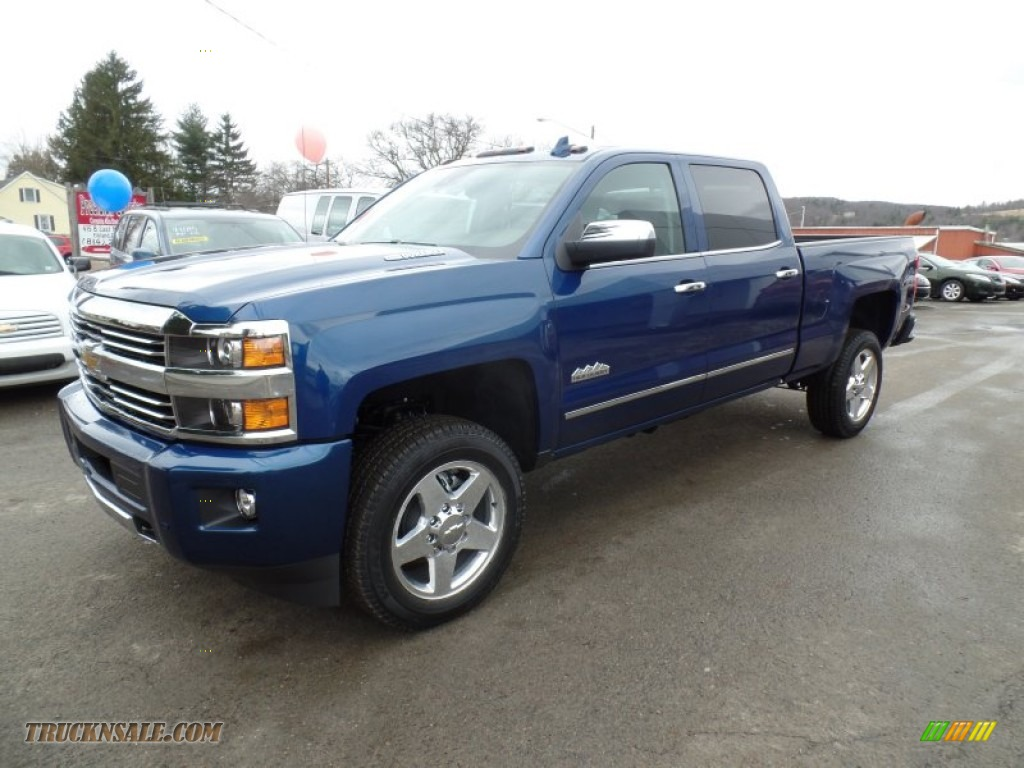2015 chevrolet silverado 2500hd high country crew cab 4x4 in deep ocean blue metallic photo 2. Black Bedroom Furniture Sets. Home Design Ideas
