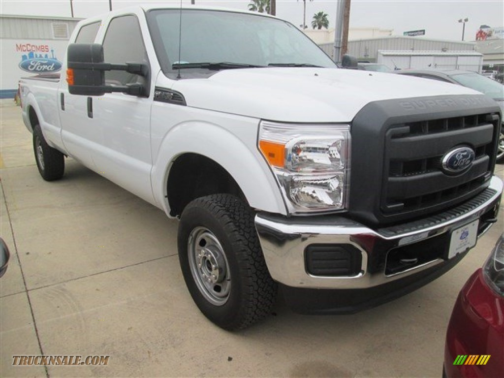 2015 ford f250 super duty xl crew cab 4x4 in oxford white a74684 truck n 39 sale. Black Bedroom Furniture Sets. Home Design Ideas