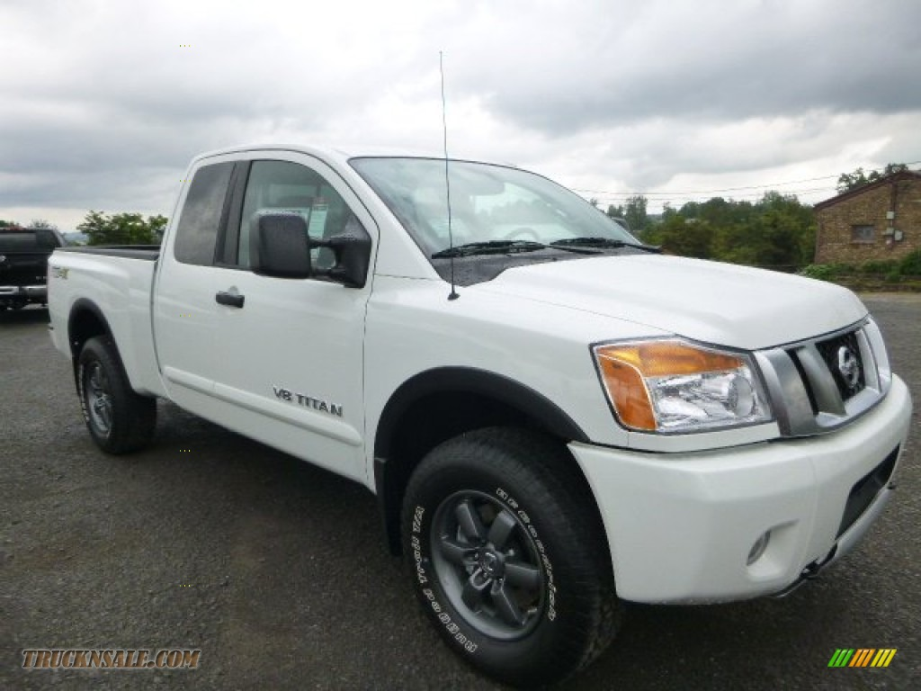 2015 nissan titan pro 4x king cab 4x4 in glacier white 509984 truck n 39 sale. Black Bedroom Furniture Sets. Home Design Ideas