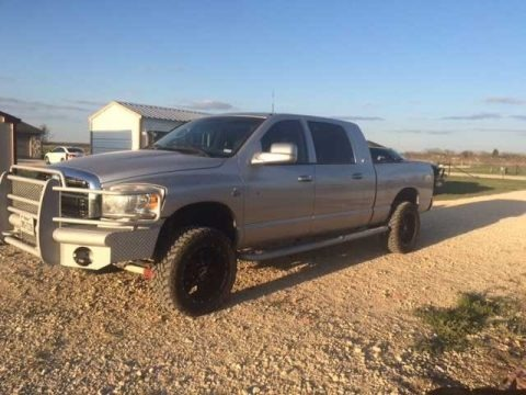 Light Khaki Metallic 2006 Dodge Ram 2500 SLT Mega Cab 4x4
