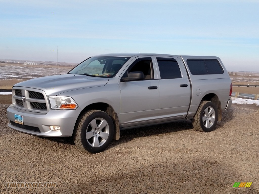 2012 Ram 1500 ST Crew Cab 4x4 - Bright Silver Metallic / Dark Slate Gray/Medium Graystone photo #1