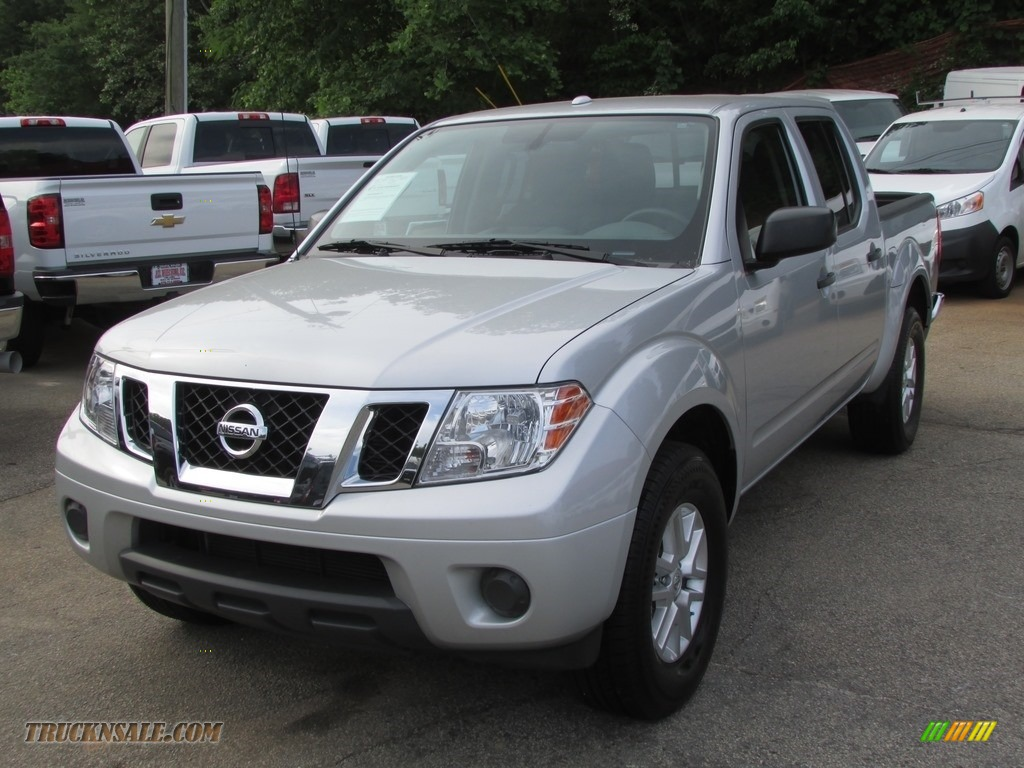 2014 nissan frontier sv crew cab in brilliant silver 732197 truck n 39 sale. Black Bedroom Furniture Sets. Home Design Ideas