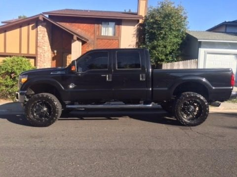 tuxedo black metallic ford f250 super duty xlt crew cab 4x4 trucks for sale truck n 39 sale. Black Bedroom Furniture Sets. Home Design Ideas