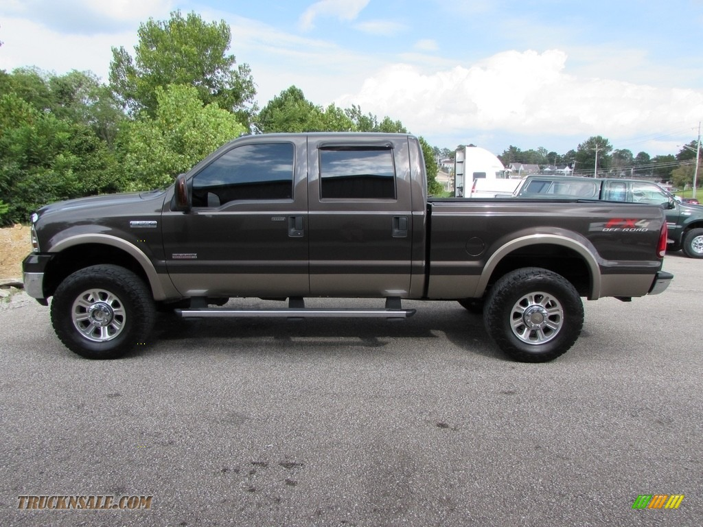 2005 Ford F250 Super Duty Lariat Crew Cab 4x4 In Dark