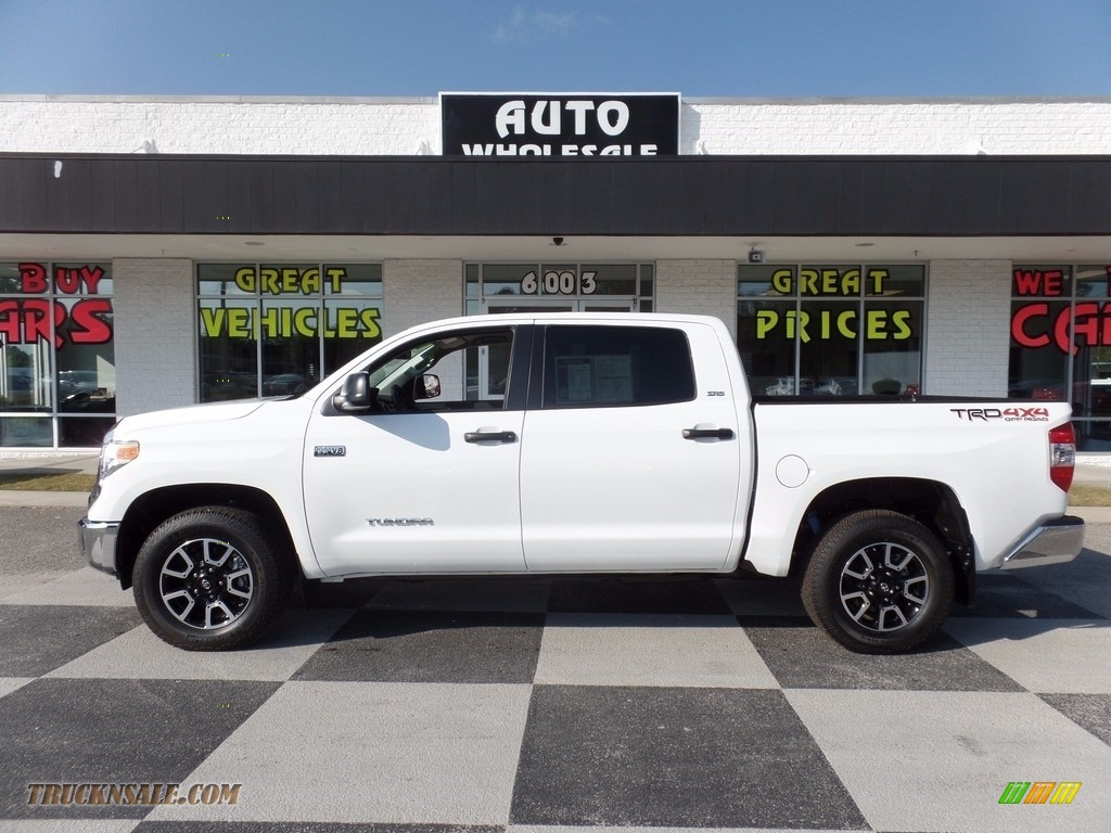 2017 toyota tundra sr5 crewmax 4x4 in super white 592986 truck n 39 sale. Black Bedroom Furniture Sets. Home Design Ideas