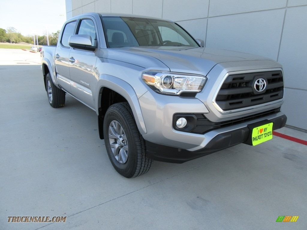 2017 toyota tacoma sr5 double cab 4x4 in silver sky metallic 066997 truck n 39 sale. Black Bedroom Furniture Sets. Home Design Ideas