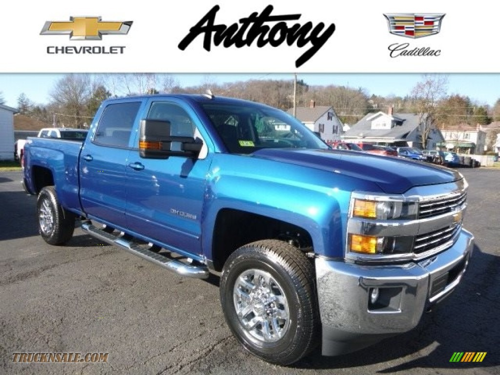 2017 Chevrolet Silverado 2500HD LT Crew Cab 4x4 in Deep ...