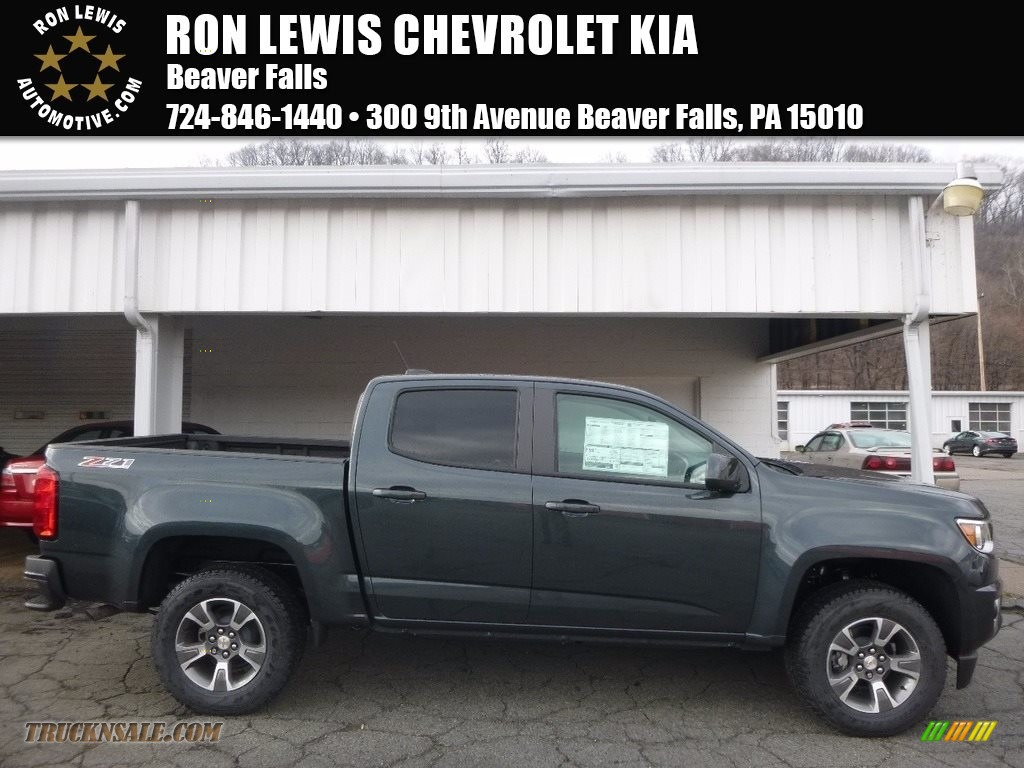 2017 chevrolet colorado z71 crew cab 4x4 in graphite metallic 170807 truck n 39 sale. Black Bedroom Furniture Sets. Home Design Ideas