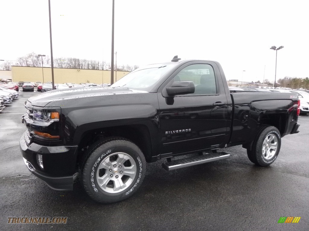 2017 Chevrolet Silverado 1500 Lt Regular Cab 4x4 In Black