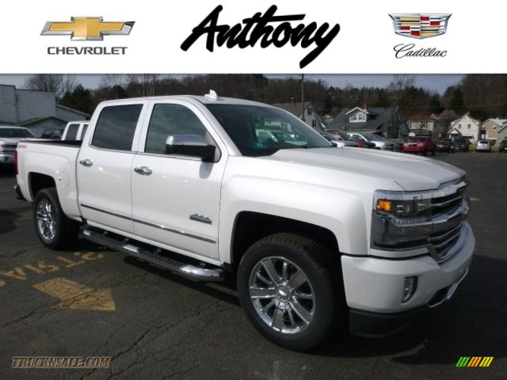 2017 chevrolet silverado 1500 high country crew cab 4x4 in iridescent pearl tricoat 300576. Black Bedroom Furniture Sets. Home Design Ideas