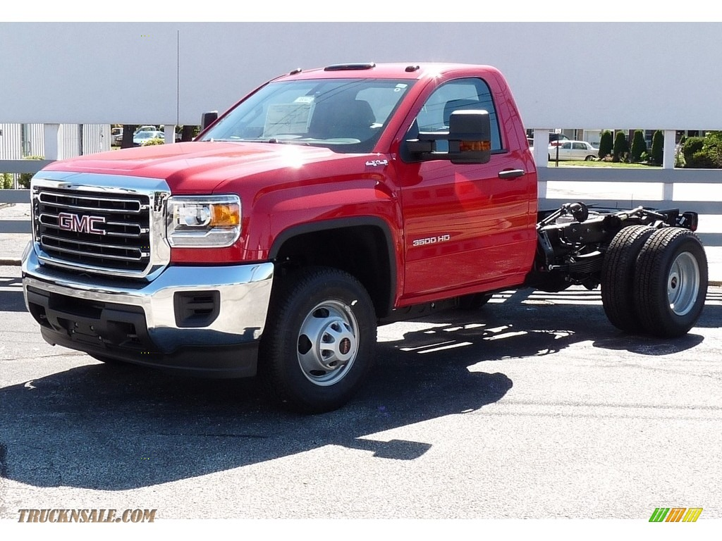 2017 gmc sierra 3500hd regular cab chassis 4x4 in cardinal red for sale 234594 truck n 39 sale. Black Bedroom Furniture Sets. Home Design Ideas