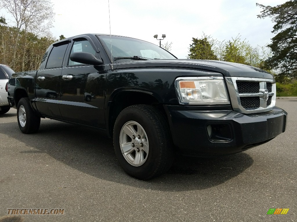 2008 Dakota SLT Crew Cab 4x4 - Brilliant Black / Dark Slate Gray/Medium Slate Gray photo #1