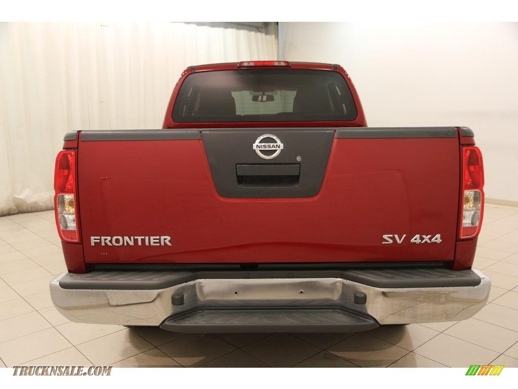 2011 Frontier SV Crew Cab 4x4 - Red Brick / Beige photo #14