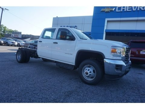 Summit White 2017 GMC Sierra 3500HD Crew Cab Chassis 4x4