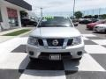 Nissan Frontier SV Crew Cab Brilliant Silver photo #2
