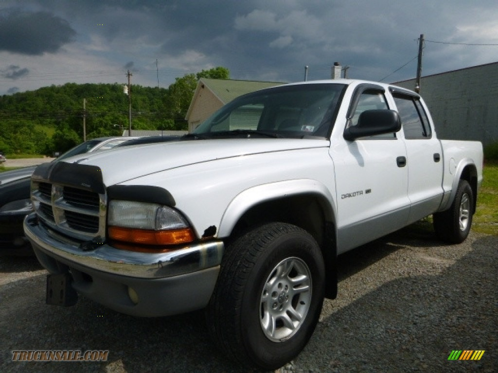 2001 Dakota SLT Quad Cab 4x4 - Bright White / Dark Slate Gray photo #1