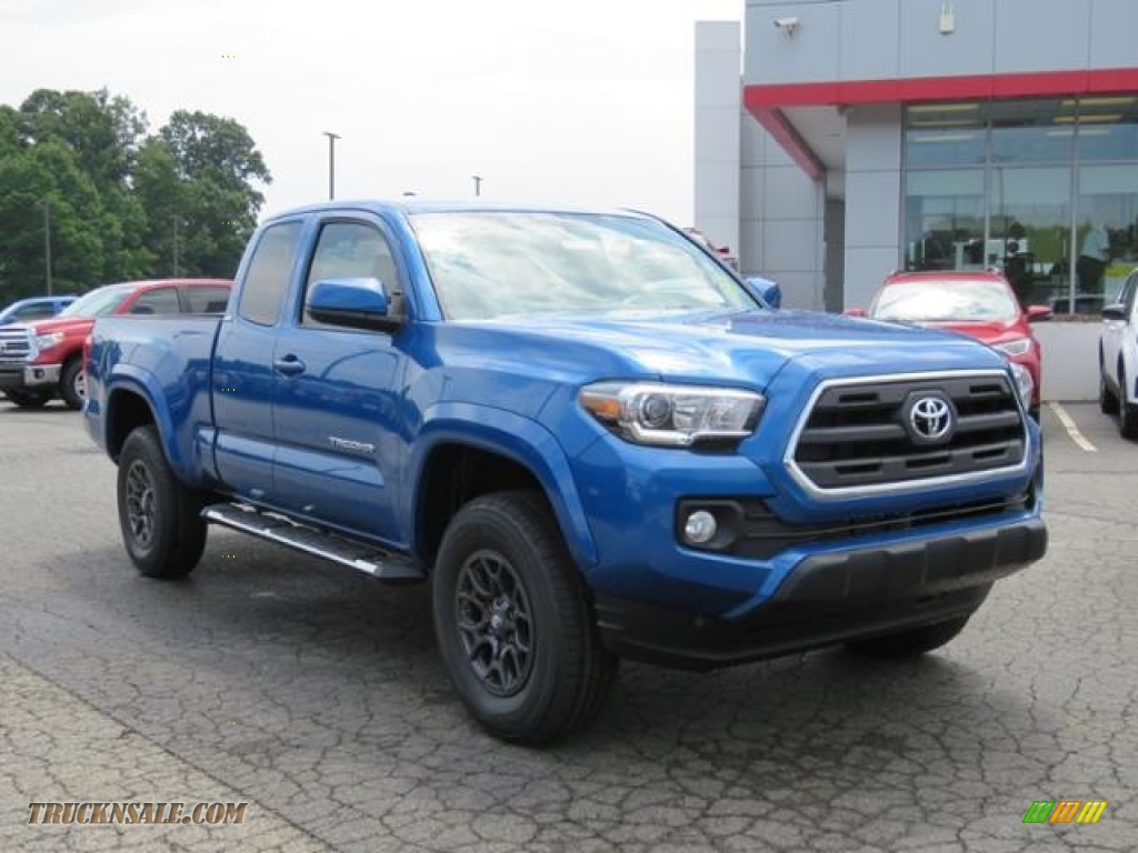 2017 Tacoma SR5 Access Cab - Blazing Blue Pearl / Cement Gray photo #1