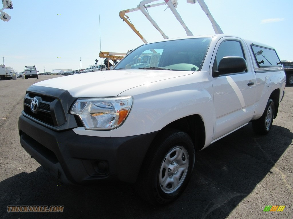 2013 Tacoma Regular Cab - Super White / Graphite photo #1