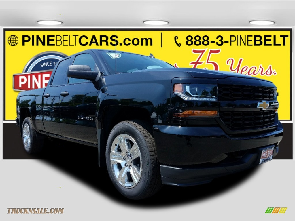 Black / Dark Ash/Jet Black Chevrolet Silverado 1500 Custom Double Cab 4x4