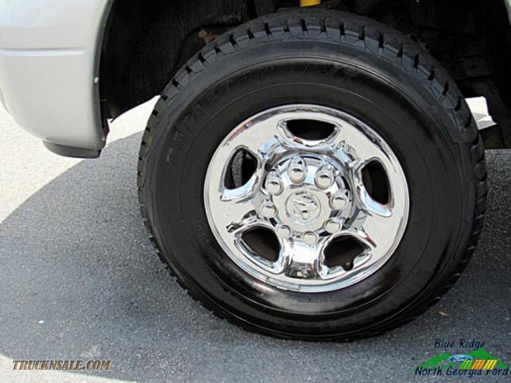 2006 Ram 2500 Laramie Quad Cab 4x4 - Bright Silver Metallic / Medium Slate Gray photo #9