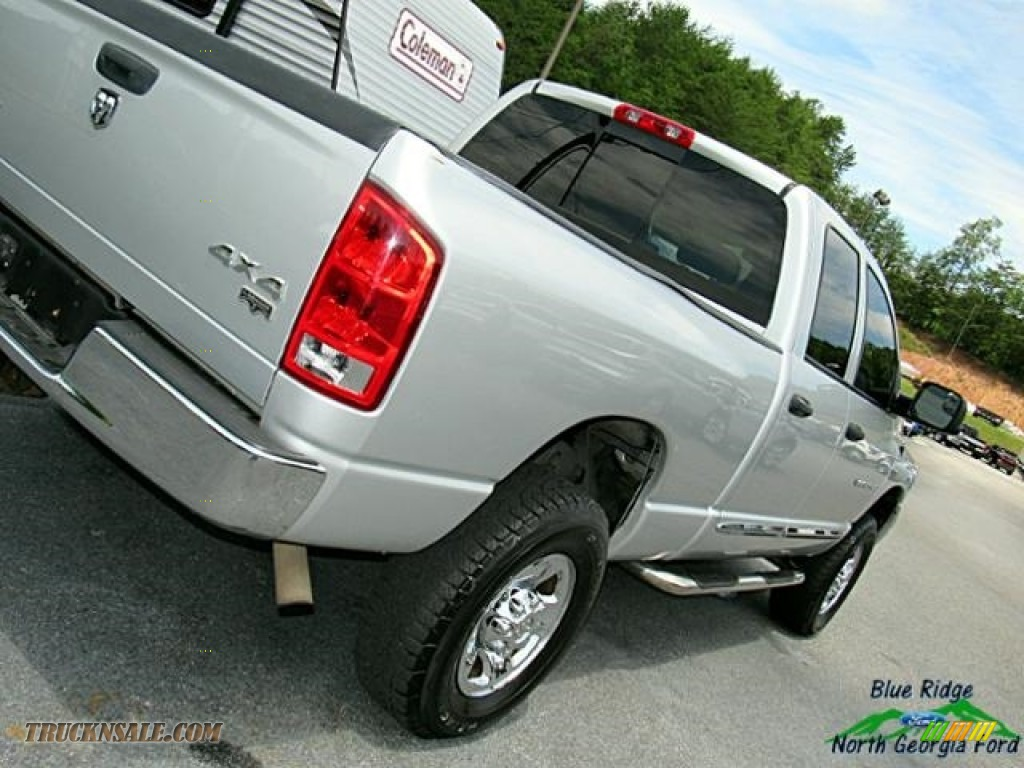 2006 Ram 2500 Laramie Quad Cab 4x4 - Bright Silver Metallic / Medium Slate Gray photo #31