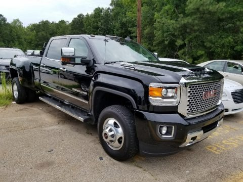 Onyx Black 2017 GMC Sierra 3500HD Denali Crew Cab 4x4 Dual Rear Wheel