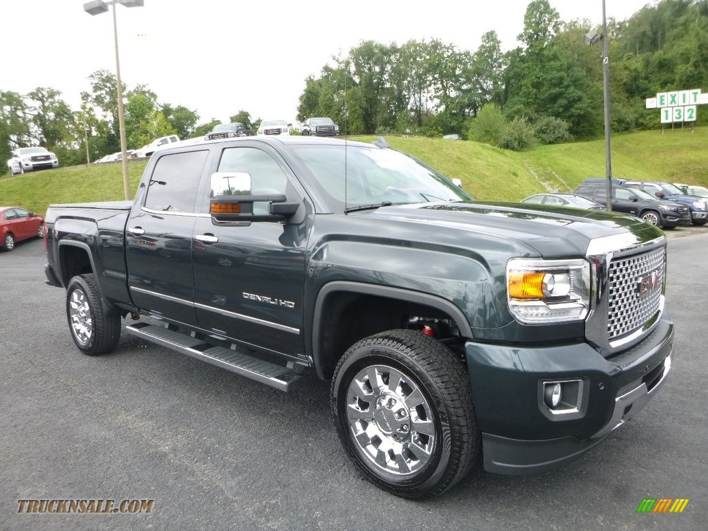 2017 Sierra 2500HD Denali Crew Cab 4x4 - Iridium Metallic / Jet Black photo #1