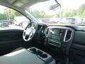 Nissan Titan S Crew Cab 4x4 Glacier White photo #11