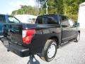 Nissan Titan SV Crew Cab 4x4 Magnetic Black photo #4