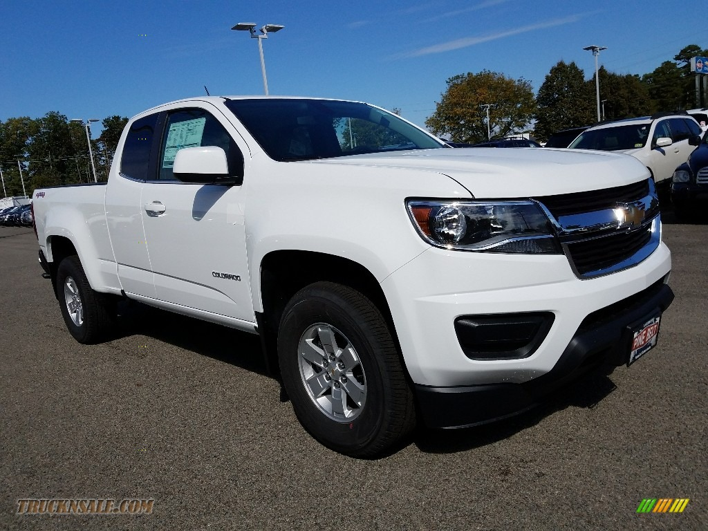 Summit White / Jet Black/Dark Ash Chevrolet Colorado WT Extended Cab 4x4
