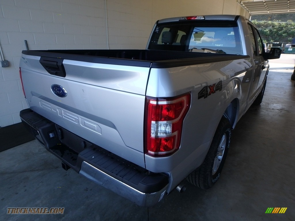 2018 F150 XL SuperCab 4x4 - Ingot Silver / Earth Gray photo #2
