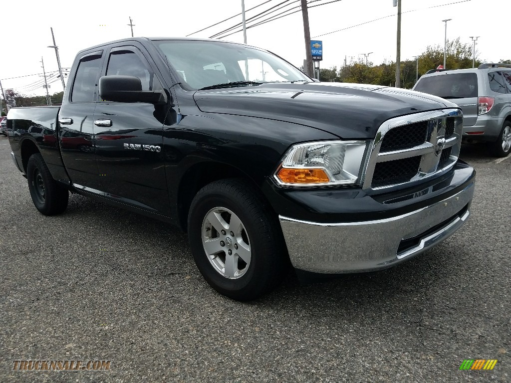 2012 Ram 1500 SLT Quad Cab 4x4 - Black / Dark Slate Gray/Medium Graystone photo #1
