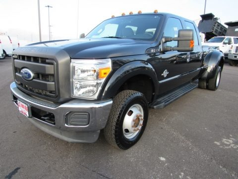 Tuxedo Black 2011 Ford F350 Super Duty XL Crew Cab 4x4 Dually
