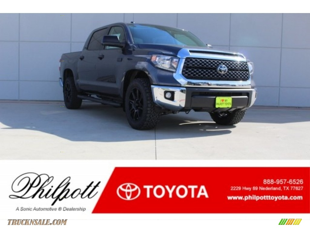 2018 Tundra TSS CrewMax - Magnetic Gray Metallic / Graphite photo #1