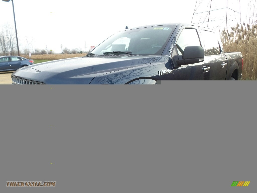 2018 F150 XLT SuperCrew 4x4 - Blue Jeans / Earth Gray photo #1