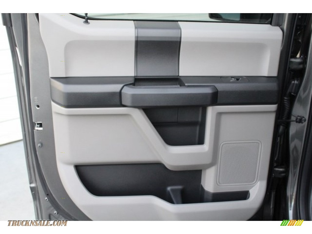 2018 F150 STX SuperCrew - Magnetic / Earth Gray photo #19
