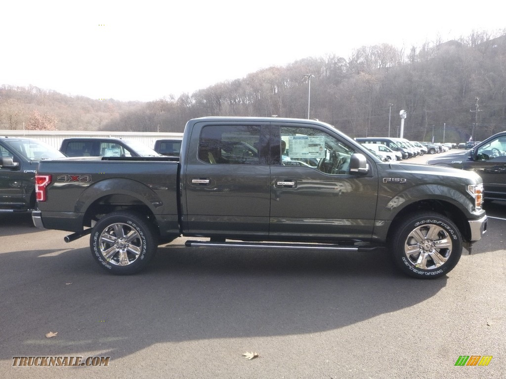 Magnetic / Earth Gray Ford F150 XLT SuperCrew 4x4