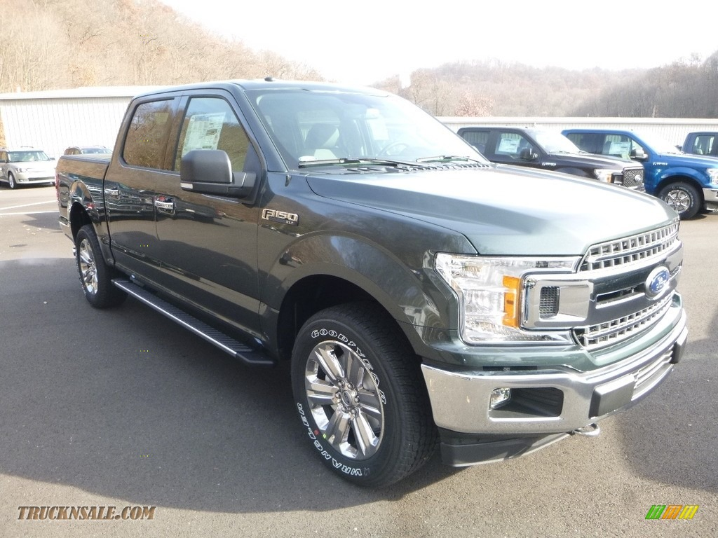 2018 F150 XLT SuperCrew 4x4 - Magnetic / Earth Gray photo #3