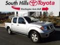 Nissan Frontier SE Crew Cab 4x4 Radiant Silver photo #1
