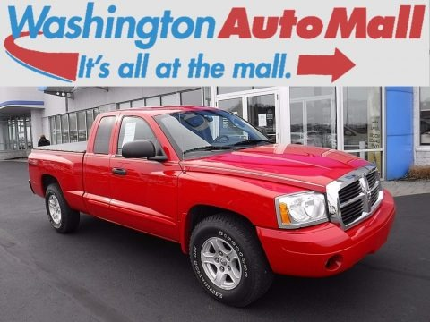 Flame Red 2005 Dodge Dakota SLT Club Cab 4x4