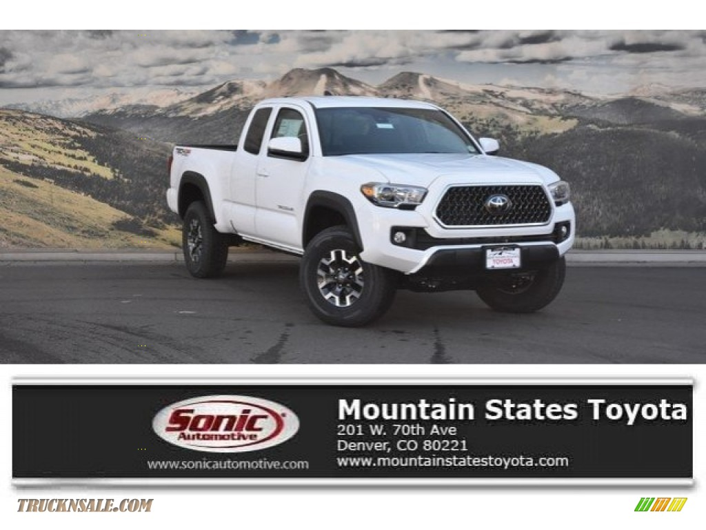 2018 Tacoma TRD Off Road Access Cab 4x4 - Super White / Graphite w/Gun Metal photo #1