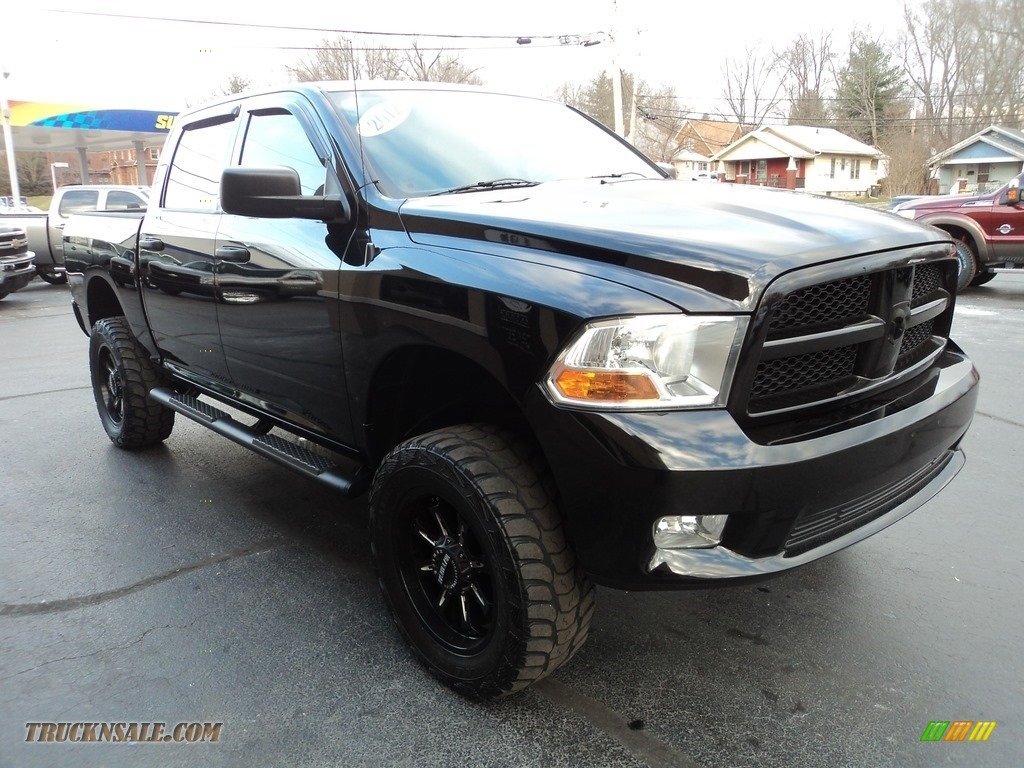 2012 Ram 1500 ST Crew Cab 4x4 - Black / Dark Slate Gray/Medium Graystone photo #5