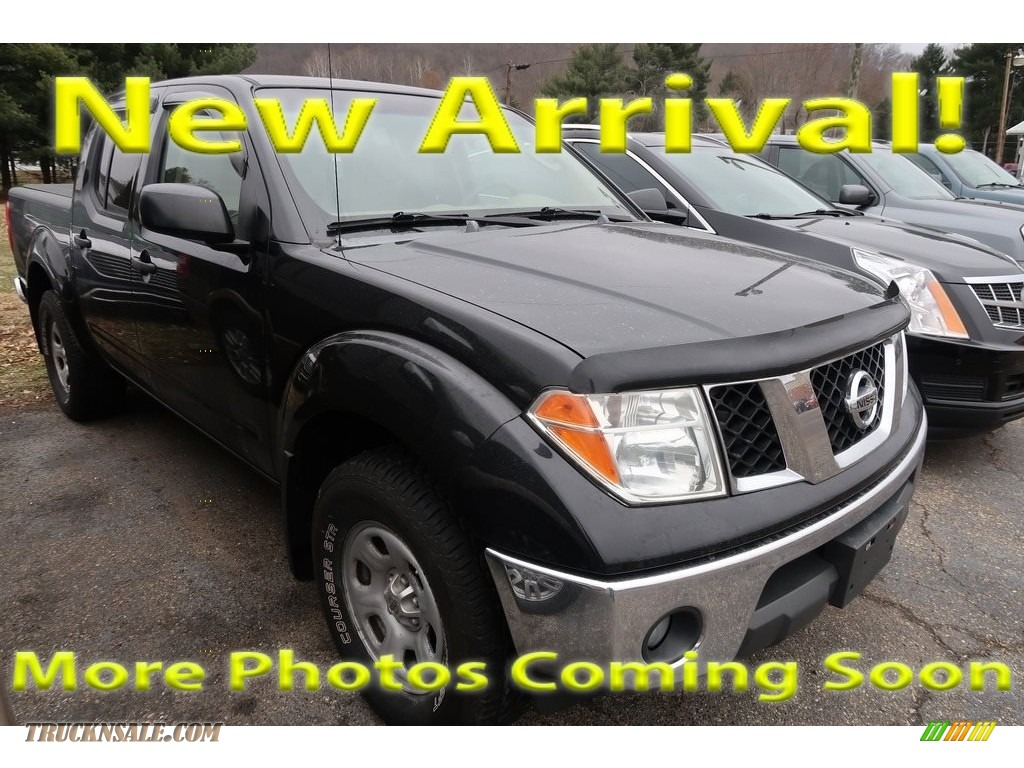 2007 Frontier SE Crew Cab 4x4 - Super Black / Desert photo #1