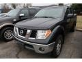 Nissan Frontier SE Crew Cab 4x4 Super Black photo #3