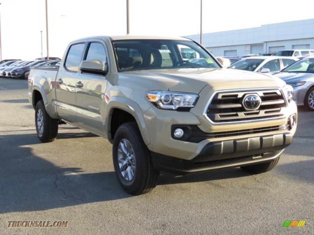 2018 Tacoma SR5 Double Cab 4x4 - Quicksand / Cement Gray photo #1