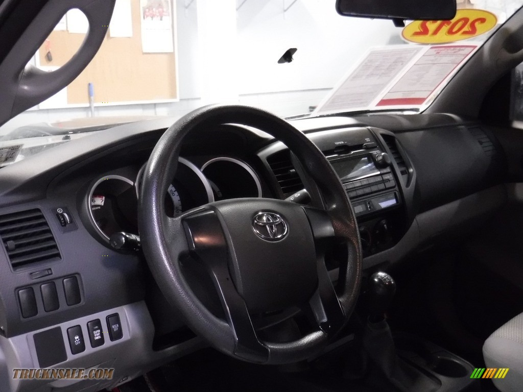 2012 Tacoma Regular Cab 4x4 - Black / Graphite photo #15
