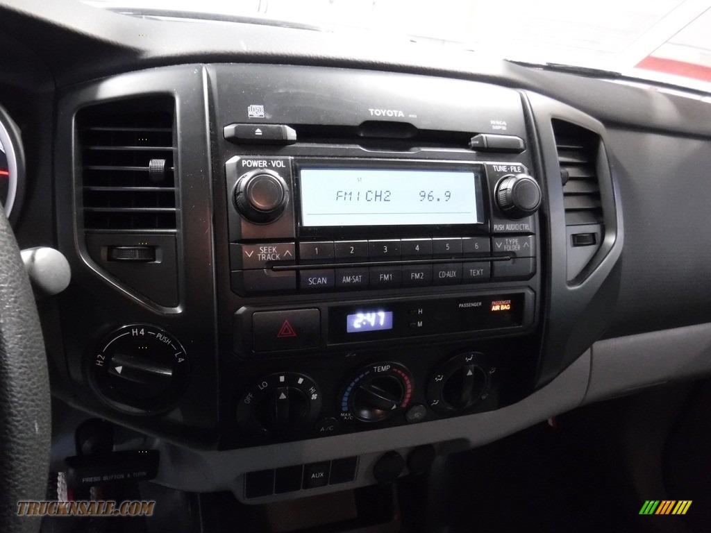 2012 Tacoma Regular Cab 4x4 - Black / Graphite photo #21