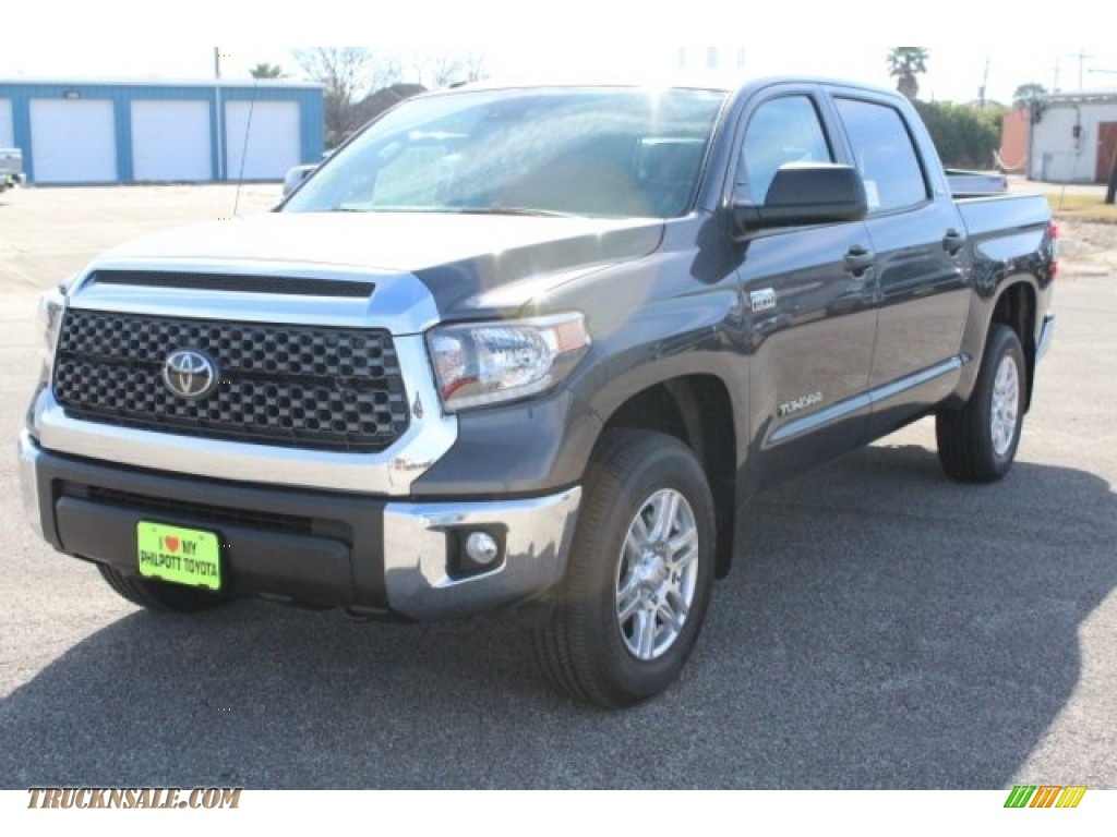 2018 Tundra SR5 CrewMax 4x4 - Magnetic Gray Metallic / Graphite photo #3