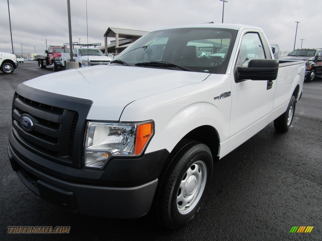2011 F150 XL Regular Cab - Oxford White / Steel Gray photo #1