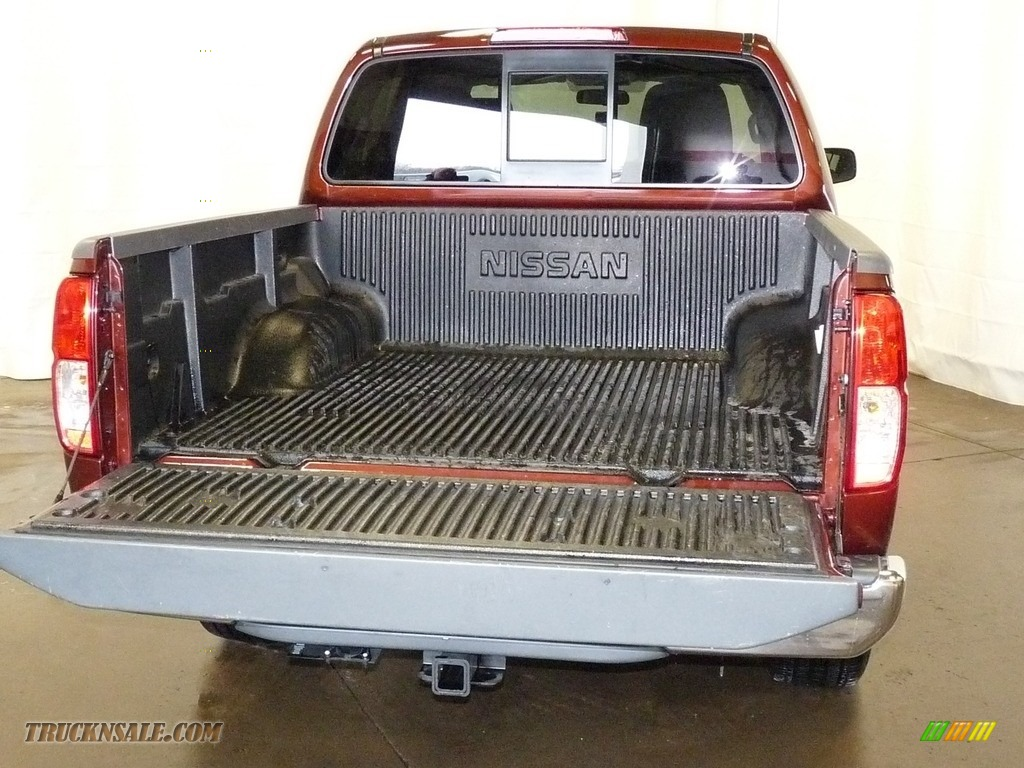 2017 Frontier SV Crew Cab 4x4 - Forged Copper / Steel photo #9